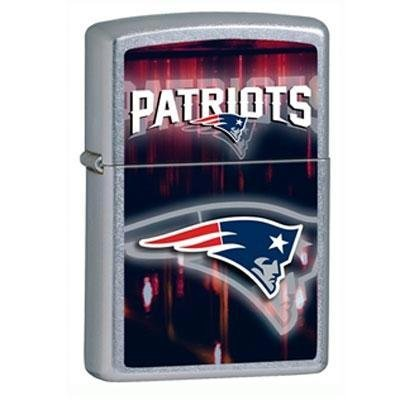 Pocket Lighter Chrome - Zippo NFL New England Patriots Street Chrome Pocket Lighter