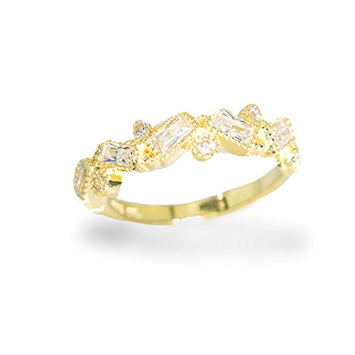 IcedJewels 1.26 Round and Emerald Cut CZ 10K Yellow Gold Abstract Womens Ring, 5.5 ()