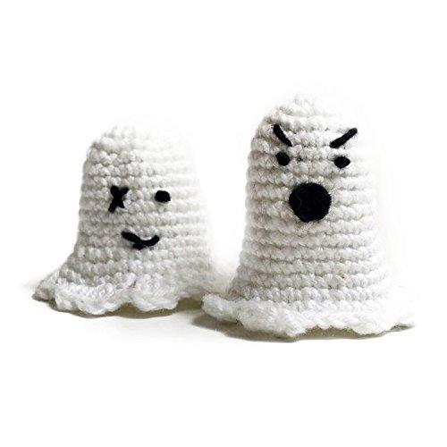 Amigurumi crochet finger puppet ghosts by Geekirumi! - Glow in the dark toy - Halloween (Scary Decorations Halloween Homemade)