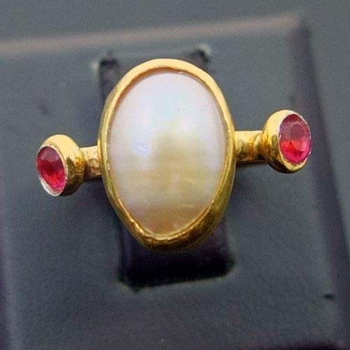 Ancient Design Handmade Hammered Pink Pearl Ring With Ruby 22K Gold over 925 Sterling Silver ()