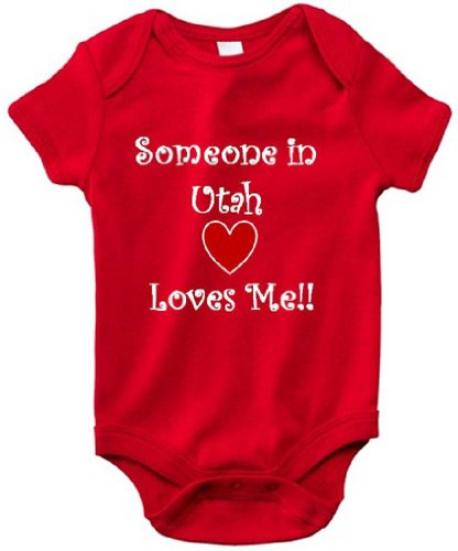 SOMEONE IN UTAH LOVES ME - UTAH BABY - State Series - Red Baby One Piece Bodysuit / Baby T-shirt - White Lettering - size Small - In Orem University Utah
