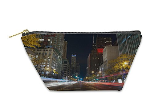 Gear New Accessory Zipper Pouch, Michigan Avenue In Chicago, Large, - Michigan Shops Avenue On Chicago