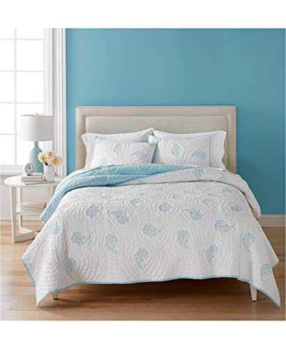 Martha Stewart Collection Cotton Pleasant Fields Reversible White and Blue King Quilt