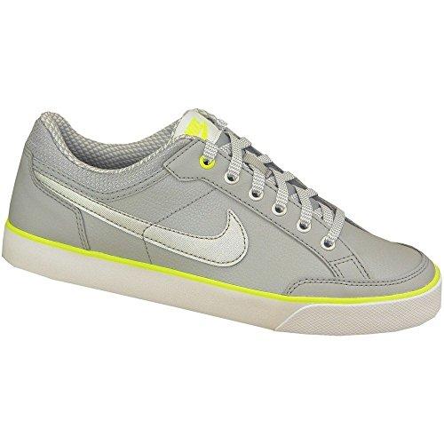 Nike Capri 3 Ltr (Gs), Zapatillas de Tenis para Niñas Gris / Plateado / Blanco (Wolf Grey / Mtllc Slvr-White-Vlt)