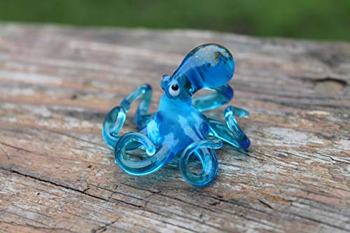 Small Glass Octopus Sculpture Art Collectible Artglass Lampwork animal Figurines Miniature Octopus Little Glass Animals Murano Gift Blown