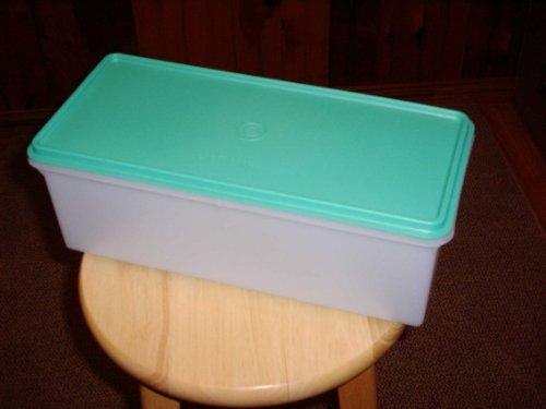 Tupperware Jumbo Bread Box (Box Jumbo Bread)