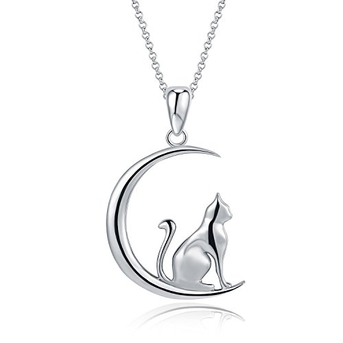 Lucky Cat on Moon Pendant Necklace, Platinum-Plated Fashion Jewelry, Ideal Gift for Women, 18