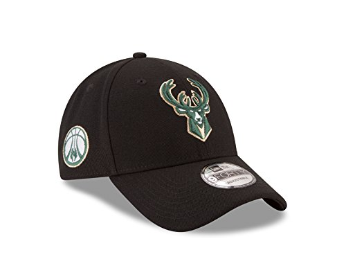 Milwaukee Bucks 9FORTY Adjustable Hat – DiZiSports Store