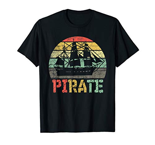 (Pirate Vintage T-Shirt Pirate Ship Sailor Yacht Captain Gift)