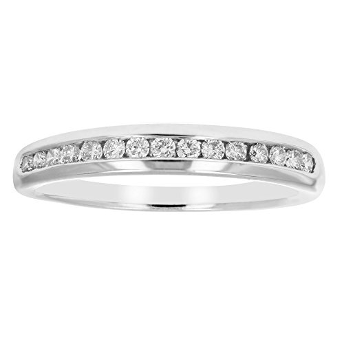1/5 ctw Classic Diamond Wedding Band in 10K White Gold In Size 8