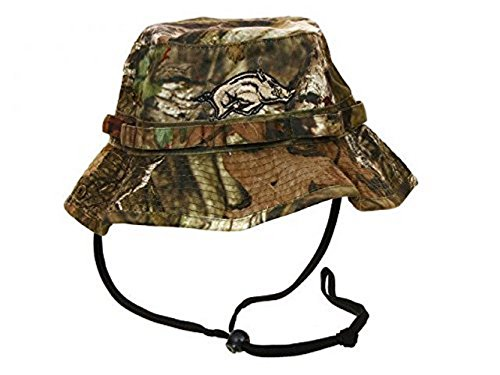 (Top of the World NCAA Licensed Arkansas Razorbacks Youth Mossy Oak Camo Bucket Hat Cap Lid)