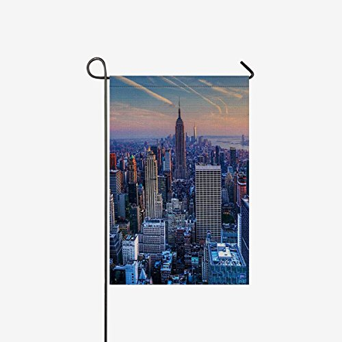 (BoloHome Garden Flags Double Side Manhattan New York City Skyline at Twilight House Banner 28x40inch, Decorative Flag for Party Yard Home Outdoor Decor, 100% Polyester)