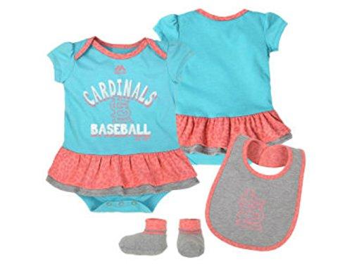 Majestic St. Louis Cardinals Baseball Girls 3 Piece Bodysuit Bib Booties Infant One Piece Set Size 6-9 Months ()
