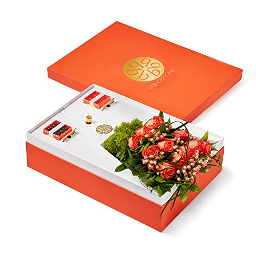 BOUQUET BAR - Great Job!: Orange Rose Bouquet Lavender Chocolate Drops/Orange Burst Gummy Bears ()