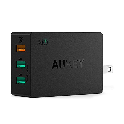 Quick Charge 3.0 AUKEY 43.5W USB Wall Charger with 3 USB Ports & Foldable Plug for Samsung Galaxy S8/S8+/Note8, LG G6/V30, iPhone X/8/Plus and More by AUKEY