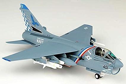 JC Wings 1//72 A-7E Corsair II Airplane AC401 USN VA-72 Blue Hawks
