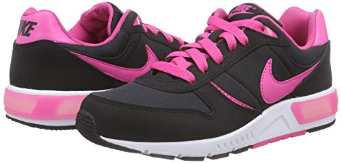 Nike Nightgazer (GS) - Zapatillas para niña negro - Schwarz (Black/Hot Pink/White)