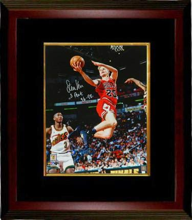 ec8a82a4073b Autographed Steve Kerr Picture - Lay Up 16x20 Custom Framed w 3 Peat 96 98  Schwartz