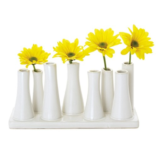 Make wedding centerpieces using white vases