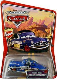 Disney / Pixar CARS Movie 1:55 Scale Die Cast Car World of Cars Background Card With