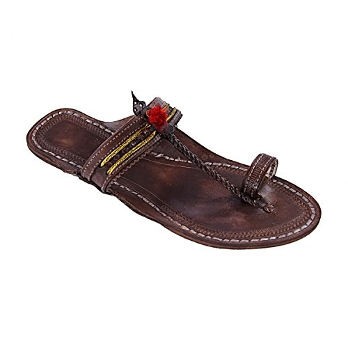 original kolhapuri chappal Beautiful brown punching pointed jari and punching brown upper ladies slipper sandal B077TPK8JG Parent 01568b