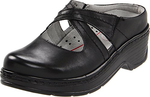 Klogs Footwear Women's Cara Black Smooth Clog/Mule 7 M - Black Clog Smooth