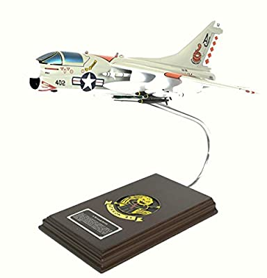 Mastercraft Collection A-7B Corsair II USN Scale: 1/40