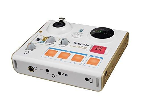 Tascam MiNiSTUDIO Personal US-32 Broadcast Studio