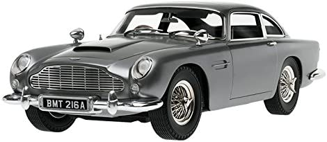 Eaglemoss 1 8 Replica Goldfinger Aston Martin Db5 Modell Auto Amazon De Spielzeug
