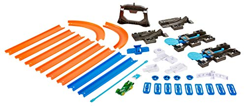 Hot Wheels Track Builder Starter Kit Play Set [Amazon Exclusive] (Hot Wheels Loop And Jump Track Set)