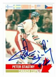 (Peter Stastny autographed hockey card (Czechoslavia) 1992 Future Trends 1976 Canada Cup #131)
