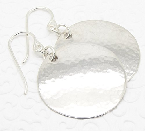 (Hammered 925 Silver Disc Earrings in Medium Large)