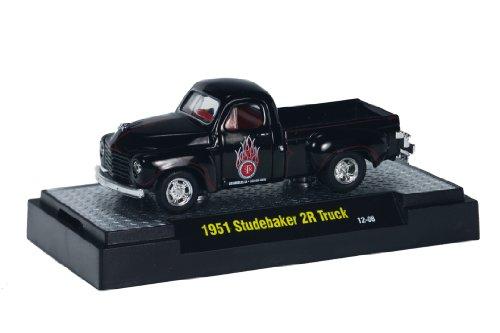 (1951 Studebaker 2R Truck (Black) * M2 Machines Auto-Trucks * 2013 Castline Premium Edition 1:64 Scale Die-Cast Vehicle (12-08))