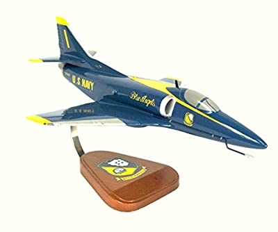 Mastercraft Collection Douglas A-4 Skyhawk Blue Angels Model Scale:1/40