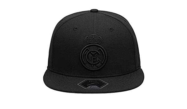 0891517c5 Amazon.com : Fi Collection Real Madrid Officially Licensed Blackout ...
