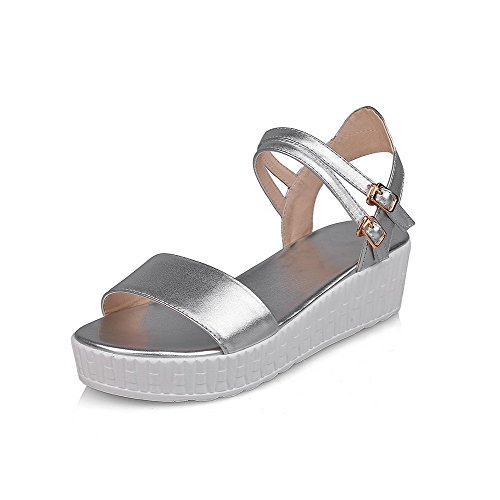 Buckle Solid Toe Kitten AllhqFashion Sandals Womens Soft Material Silver Heels Open aOwY4Twq