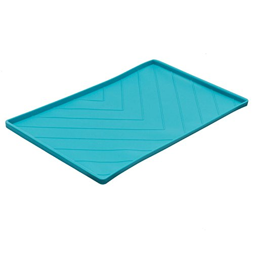 Messy Mutts Non-Slip Silicone Dog Bowl Mat with Raised Edge and Two Metal Reinforced Sides Review