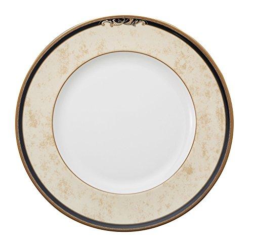 Wedgwood Cornucopia 10-3/4-Inch Dinner Plate