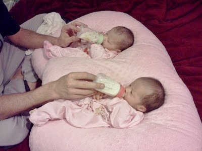 THE TWIN Z PILLOW - PINK The only 6 in 1 Twin Pillow Breastfeeding, Bottlefeeding, Tummy Time & Support! A MUST HAVE FOR TWINS! - CUDDLE PINK DOTS by Twin Z PIllow (Image #8)
