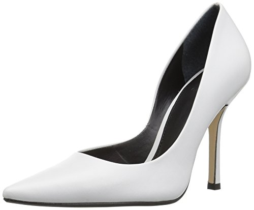 GUESS Women's Carrie Pump White 8 M US
