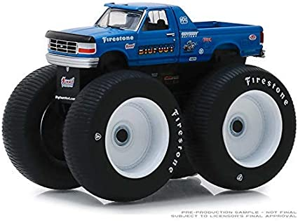 Amazon Com Greenlight 1 64 Kings Of Crunch Series 4 Bigfoot 5 1996 Ford F 250 Monster Truck 49040e Toys Games