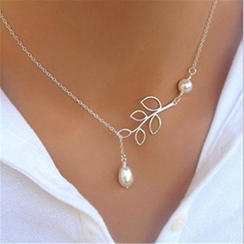TraveT Cross Pendant Necklace Women