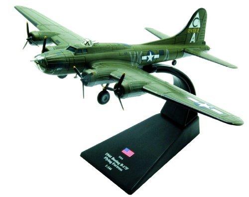 Boeing B-17F Flying Fortress diecast 1:144 model (Amercom LB-2) ()