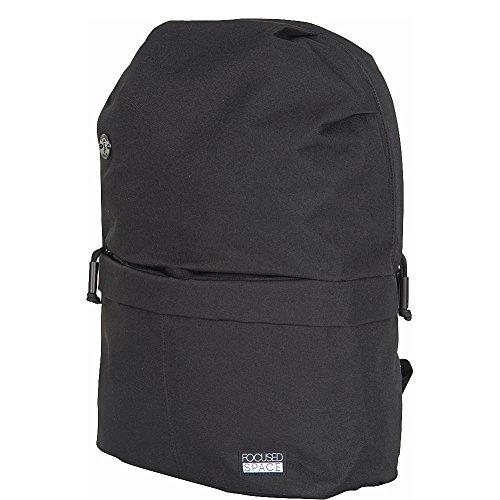 focused-space-the-seamless-600-series-backpack-black