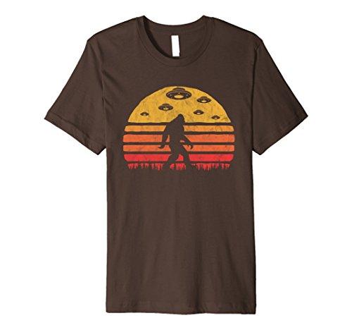 Mens Bigfoot UFO Abduction - Vintage BELIEVE Retro T-Shirt XL ()