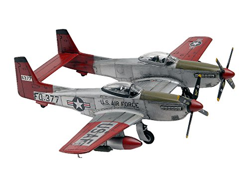 Revell 1:72 Twin Mustang F-82G