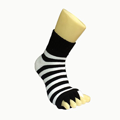 Moja Sports (Black/White, 1Pair) Toes Alignment Socks Open Five Toe Separator Spacer Relaxing Comfort Tendon Pain Relief Comfy Foot Sock Yoga Gym Pedicure (Black/White : 1 Pair, Medium) by Moja Sports (Image #1)