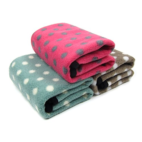 Alfie Pet by Petoga Couture - Quarry Fleece 3-Piece Set Blanket for Dogs and Cats - Size: Large