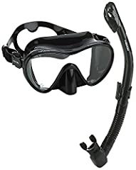 Mares calypso frameless mask features a comfortable low profile lightweight frameless mask design. The frameless mask has a 100% Silicone rubber double feathered edge skirt and a wide split strap design which combined for a perfect seal on th...