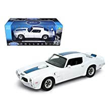 Welly 12566w 1972 Pontiac Firebird Trans Am White 1-18 Diecast Car